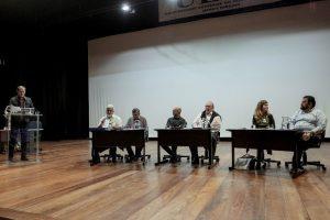 Candidatos a reitor participam de debate
